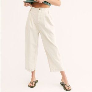 NEW! FREE PEOPLE PLEATED CARROT PANTS!
